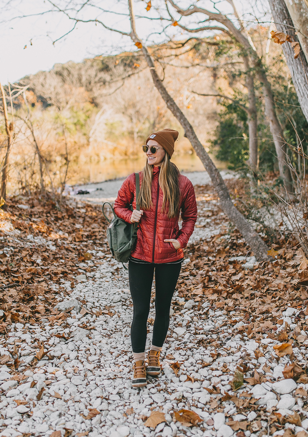 livvyland-blog-olivia-watson-austin-texas-hike-patagonia-nano-puff-hooded-insulated-jacket-9
