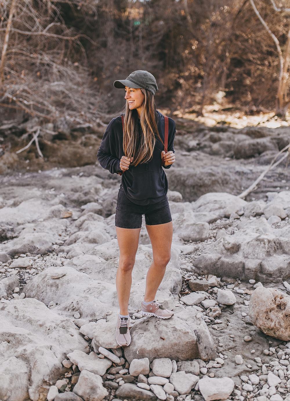 livvyland-blog-olivia-watson-austin-texas-lifestyle-fashion-blogger-greenbelt-hike-free-people-fp-movement-hot-shot-bike-shorts-outfit-5