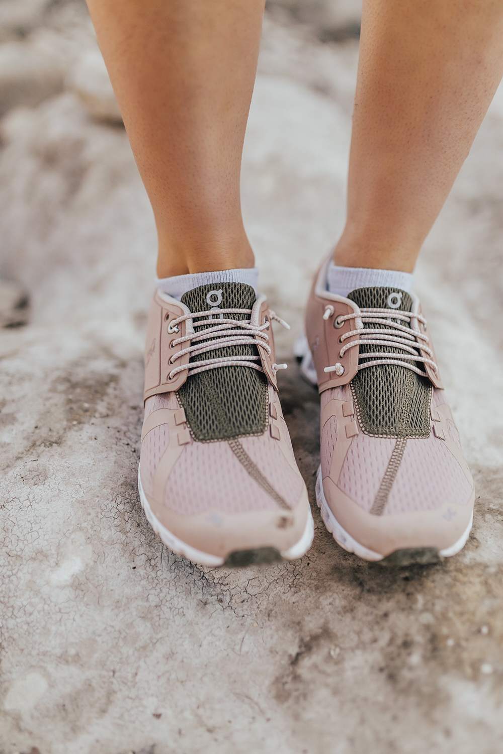 livvyland-blog-olivia-watson-austin-texas-lifestyle-fashion-blogger-greenbelt-hike-on-cloud-running-shoes-1