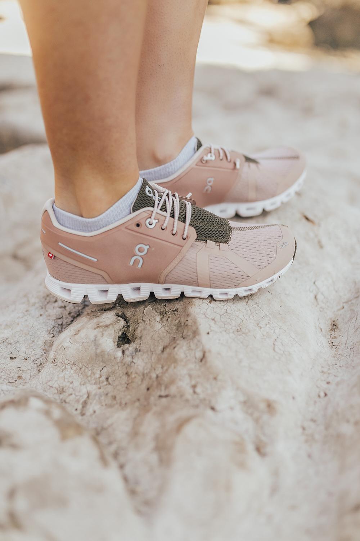 livvyland-blog-olivia-watson-austin-texas-lifestyle-fashion-blogger-greenbelt-hike-on-cloud-running-shoes-2