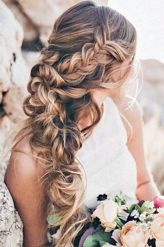 5 Easy Wedding Guest Hairstyles Easy Video Tutorials Loverly