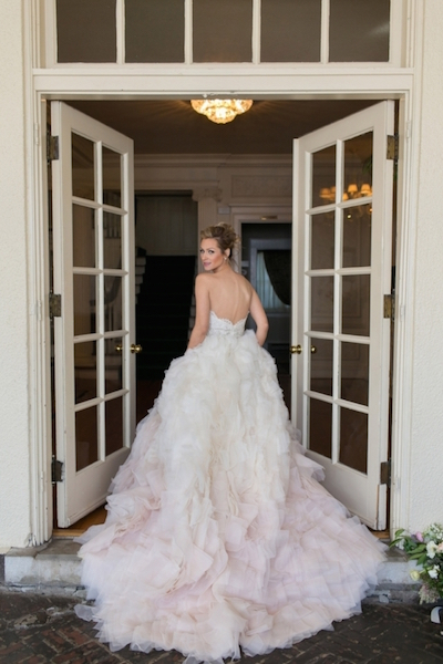 What To Expect At Your Wedding Dress Fitting