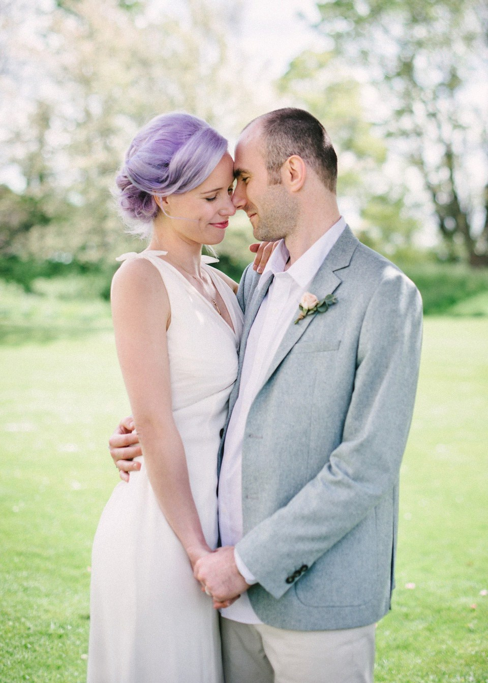 wpid377772-lilac-hair-pastel-flowers-intimage-vintage-inspired-spring-pub-wedding-18