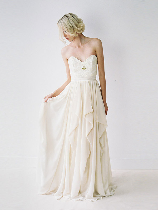 d449439653b 19 Ethical Wedding Dresses That Are Off-The-Charts Gorgeous (and ...