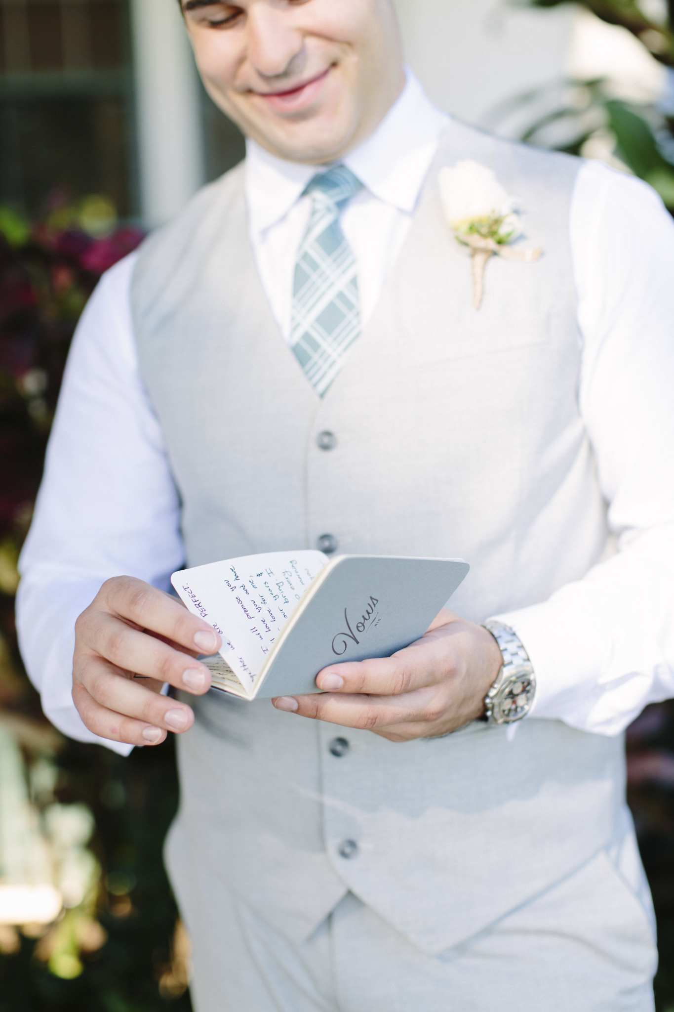 Should You Write Your Own Wedding Vows Wedding Vow Tips