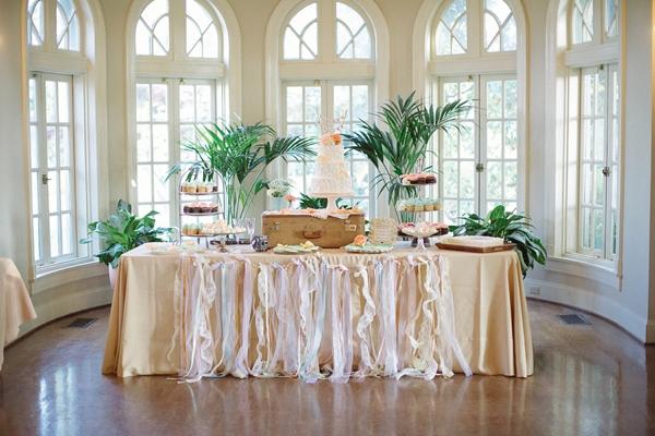 Pastel Tulsa Wedding Captured By Something Gold Photography Loverly
