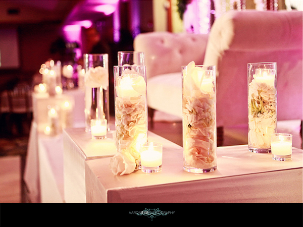 how to decorate a wedding cake with artificial flowers vintage reception by aaron photography loverly 15665