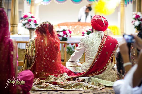 Sacramento punjabi sikh wedding by adit studio loverly for Wedding dress shops in sacramento