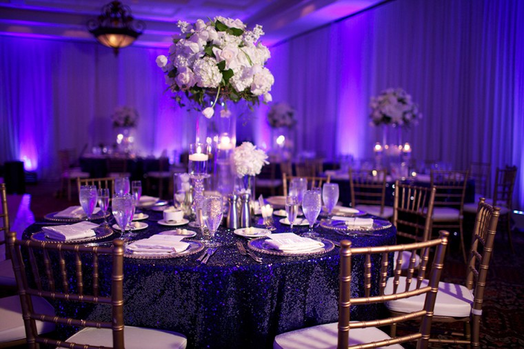 Modern Navy and Gold Wedding | Loverly | The Ultimate Wedding ...