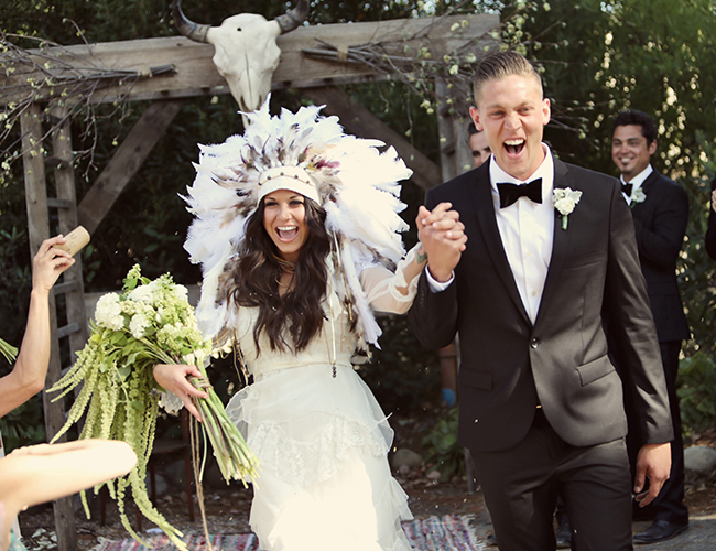 Outdoor bohemian wedding loverly the ultimate wedding planning outdoor bohemian wedding loverly the ultimate wedding planning checklist junglespirit Choice Image