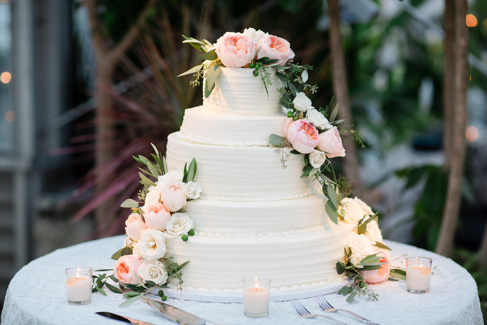 6 Wedding Cake Traditions Where They Came From Loverly Loverly