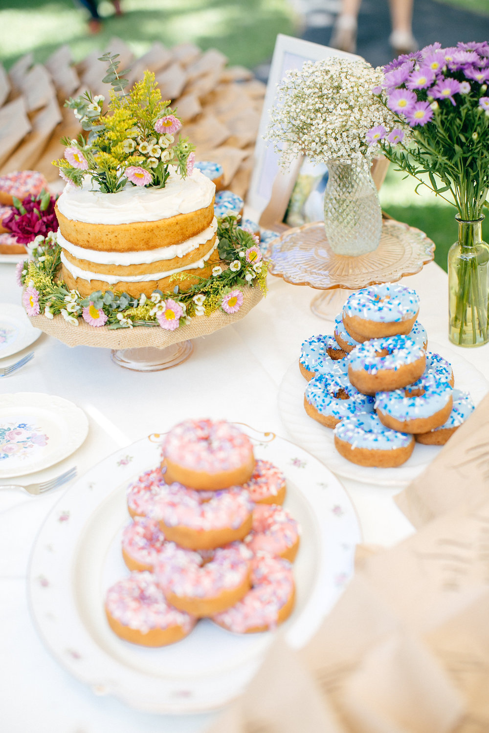 Wedding Cake Alternatives Roundup
