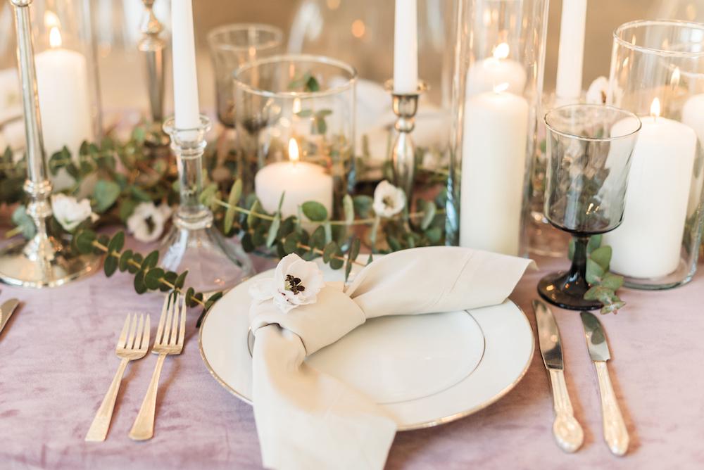 Modern and Romantic Wedding Inspiration Filled With Greenery, greenery-pantone-wedding