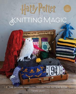 Cover for Harry Potter Knitting Magic by Tanis Gray