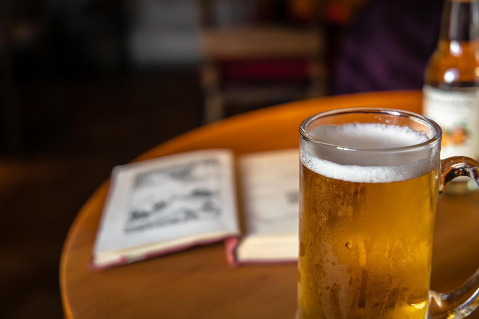 10 Favourite Drinking Scenes in Books