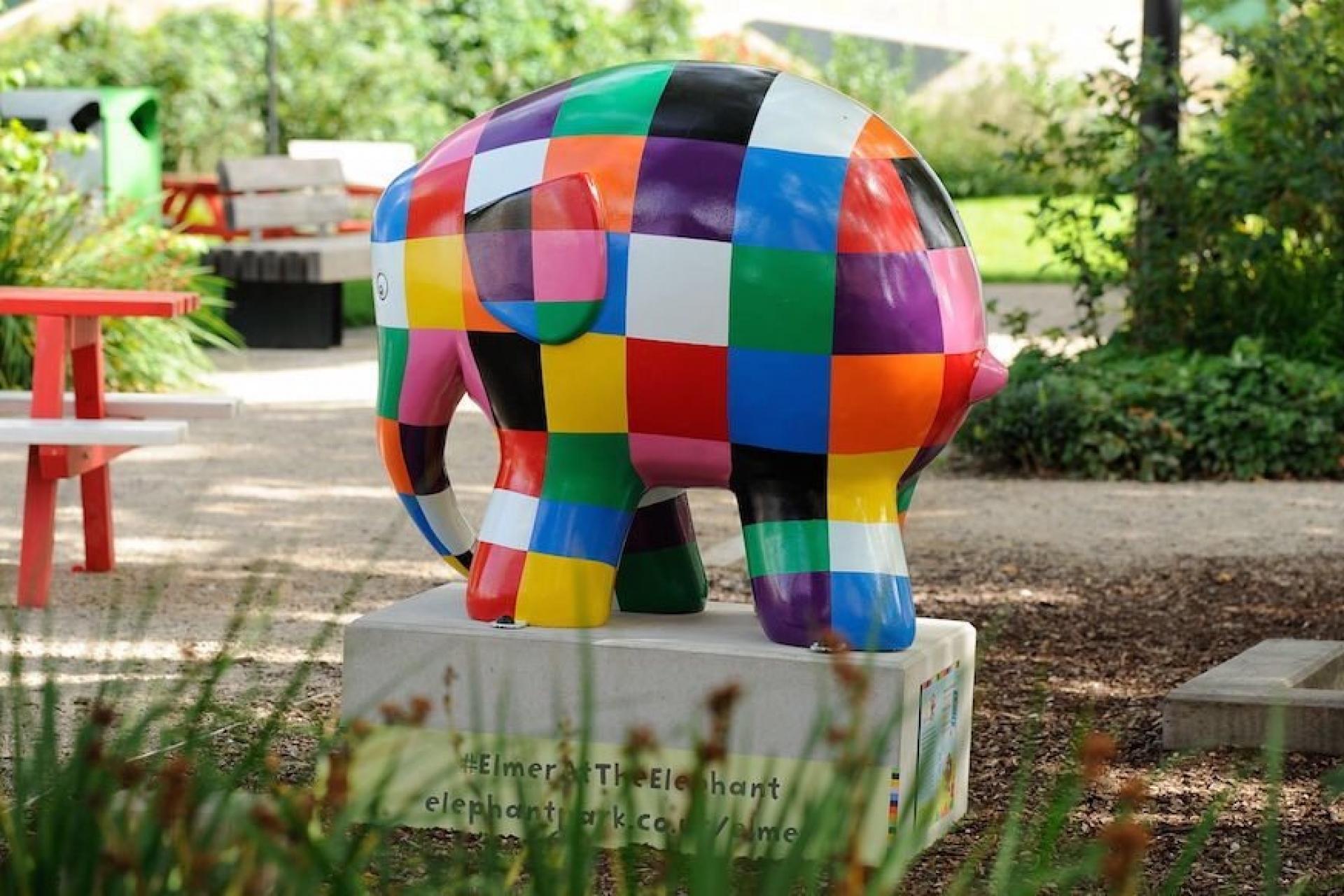 Elmer art auction raises over £1 million for charity