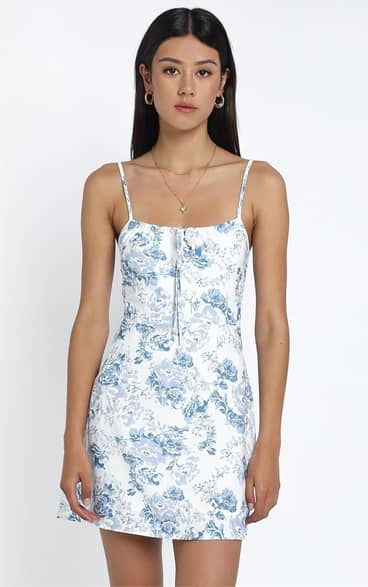 Showpo Antonia Dress in Blue Floral - 10 (M) Going Out Outfits