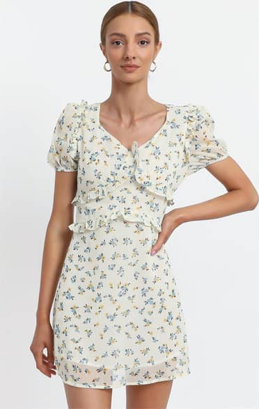 Showpo Millar Dress in Cream Floral - M Casual Outfits