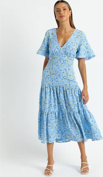 Showpo Oklahoma Dress in Blue Floral - 06 Casual Outfits