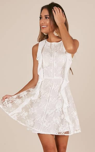 Showpo Lace To The Top dress in white lace - 14 (XL) Casual Dresses size 14