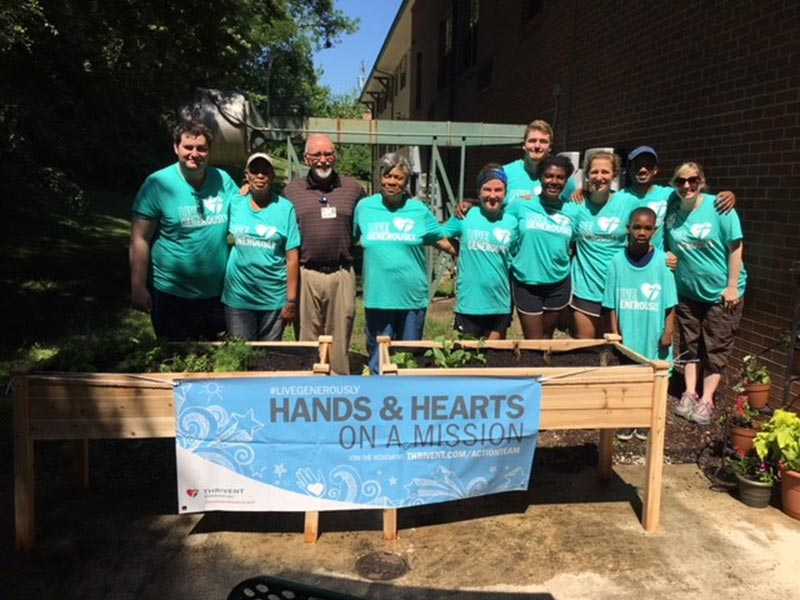 Vista and Thrivent team up to build a raised garden at our Dunn Road Manor campus.