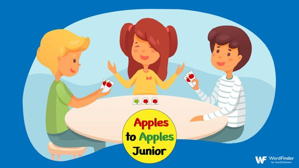 children playing apples to apples