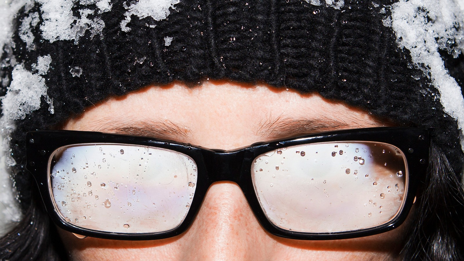 condensation on eyeglasses