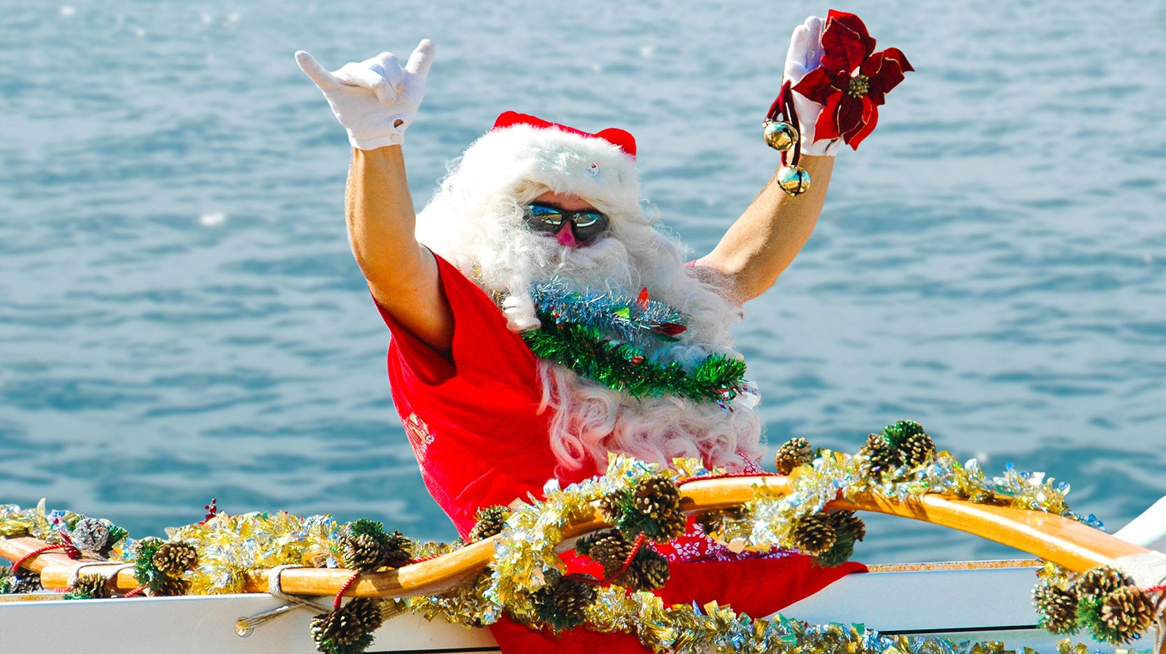 Hawaiian Santa Claus called Kanakaloka