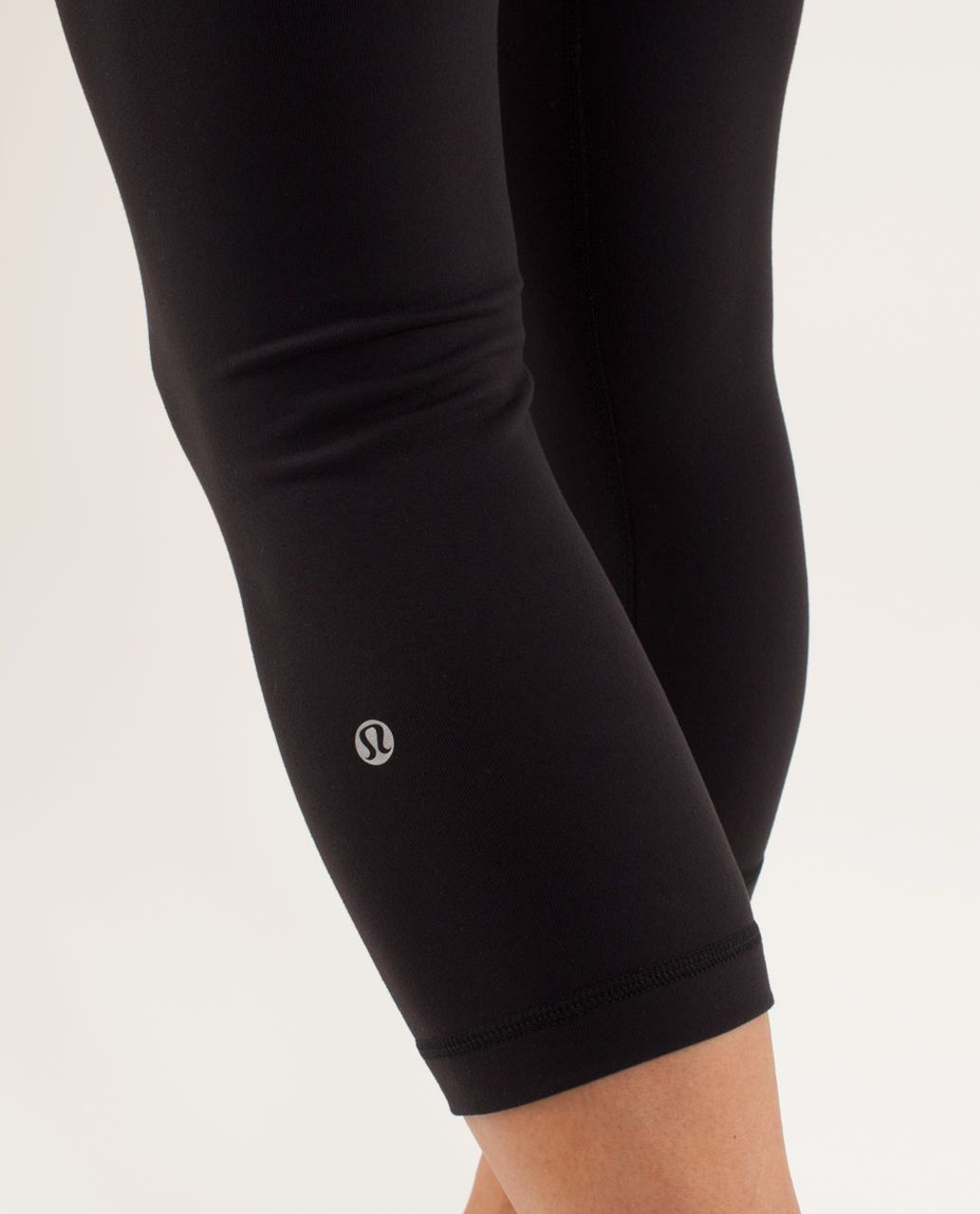 Lululemon Wunder Under Crop - Black /  Quilting Spring 10 /  Black