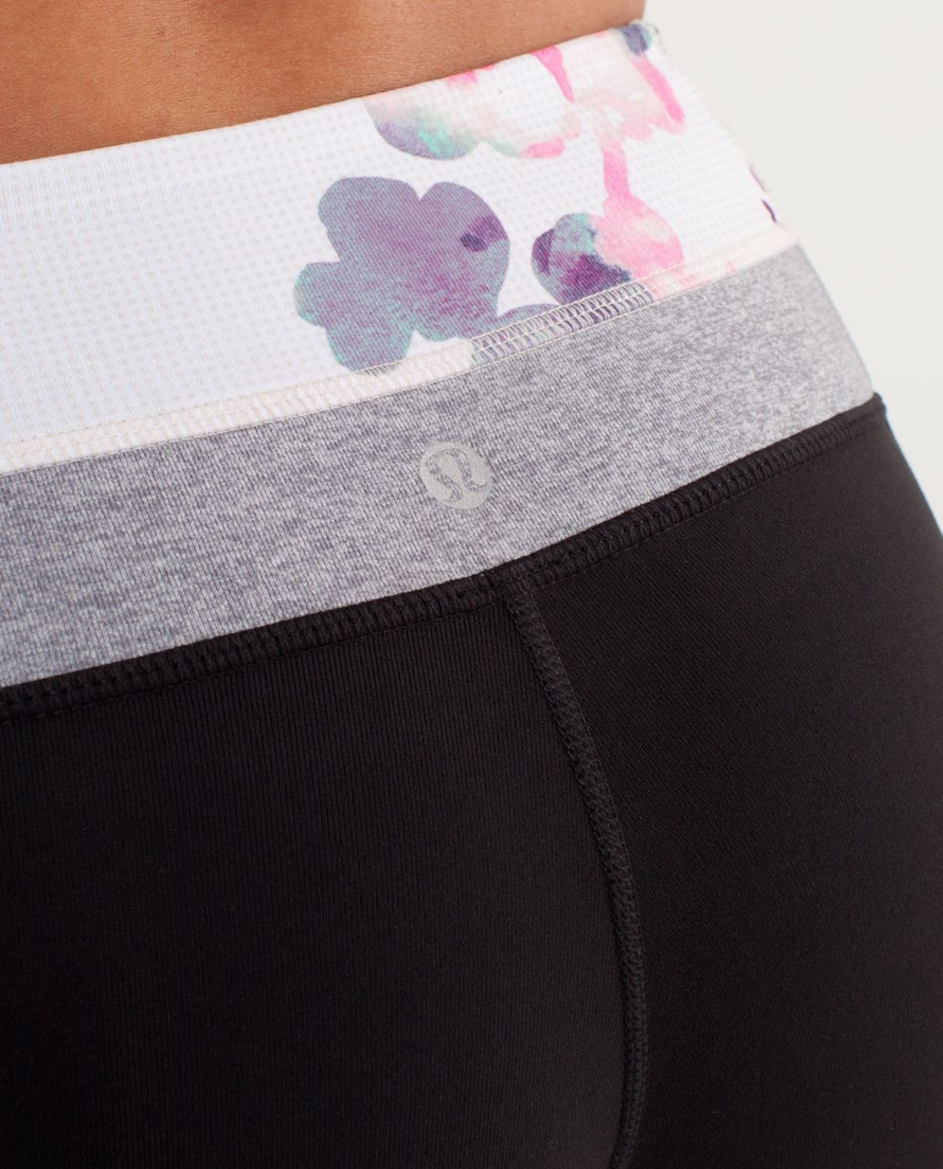 Lululemon Groove Pant (Regular) - Black / Blurred Blossoms Multi Colour / Heathered Fossil