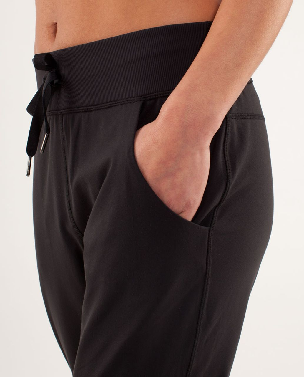 f47e9e88ff Lululemon Free Fall Crop - Black - lulu fanatics
