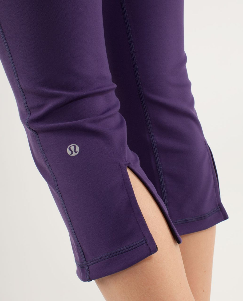 Lululemon Gather & Crow Crop *Reversible - Black /  Heathered Concord Grape