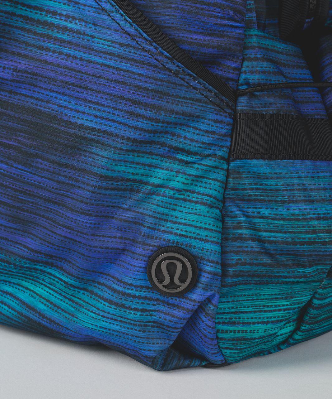 Lululemon Extra Mile Duffel - Windy Wash Multi / Black