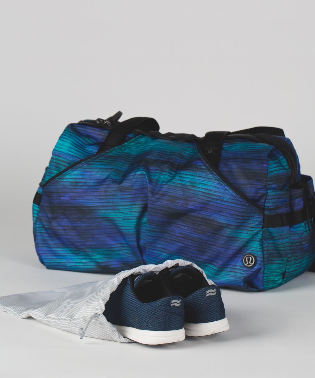 Lululemon Extra Mile Duffel - Windy Wash Multi / Black