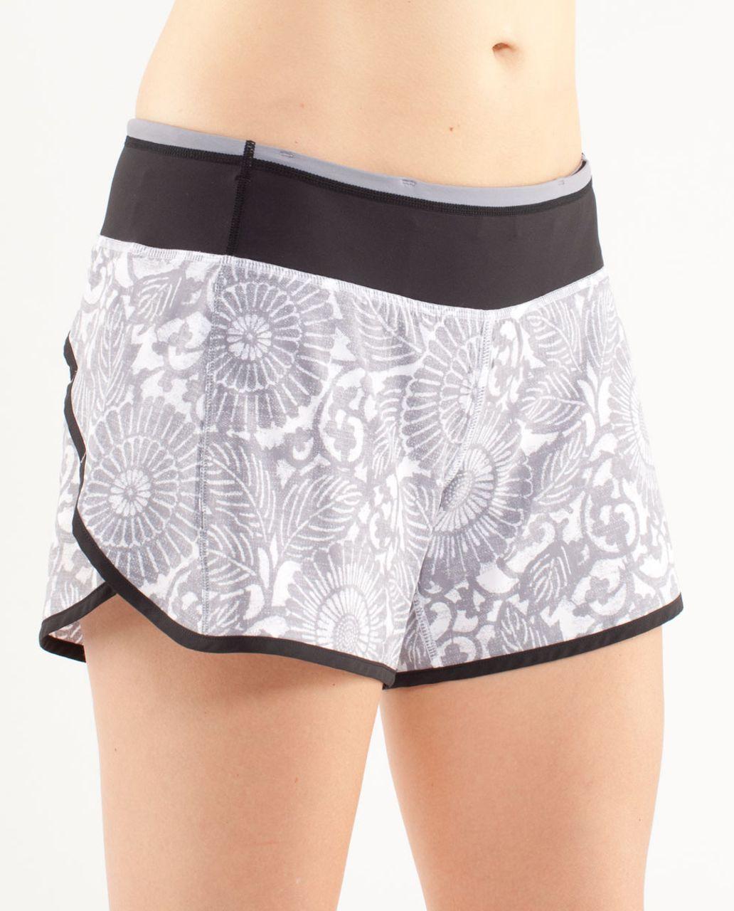 Lululemon Turbo Run Short - Beachy Floral White Fossil /  Black