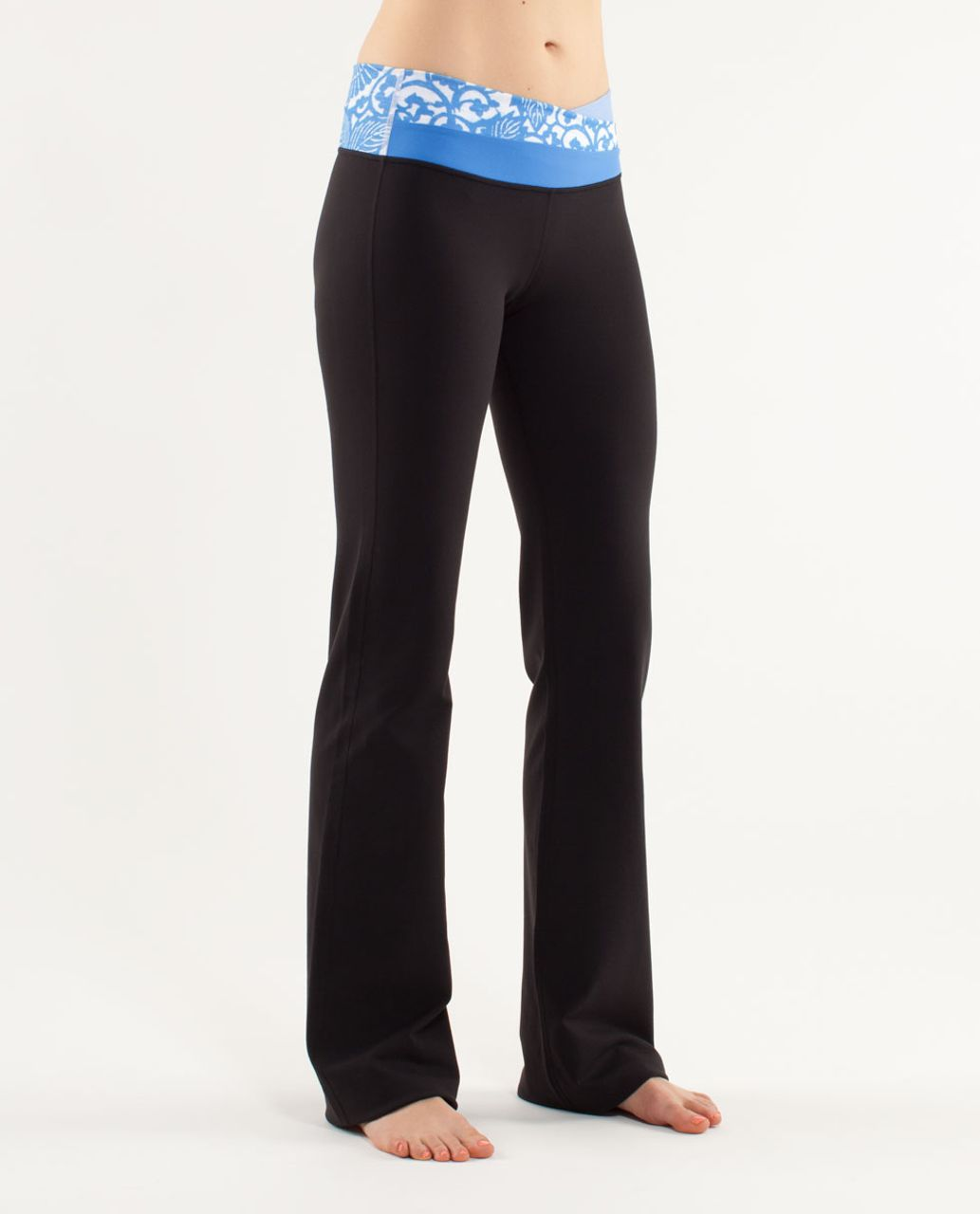 Lululemon Astro Pant (Tall) - Black /  Wee Stripe White Porcelaine /  Beachy Floral White Porcelaine