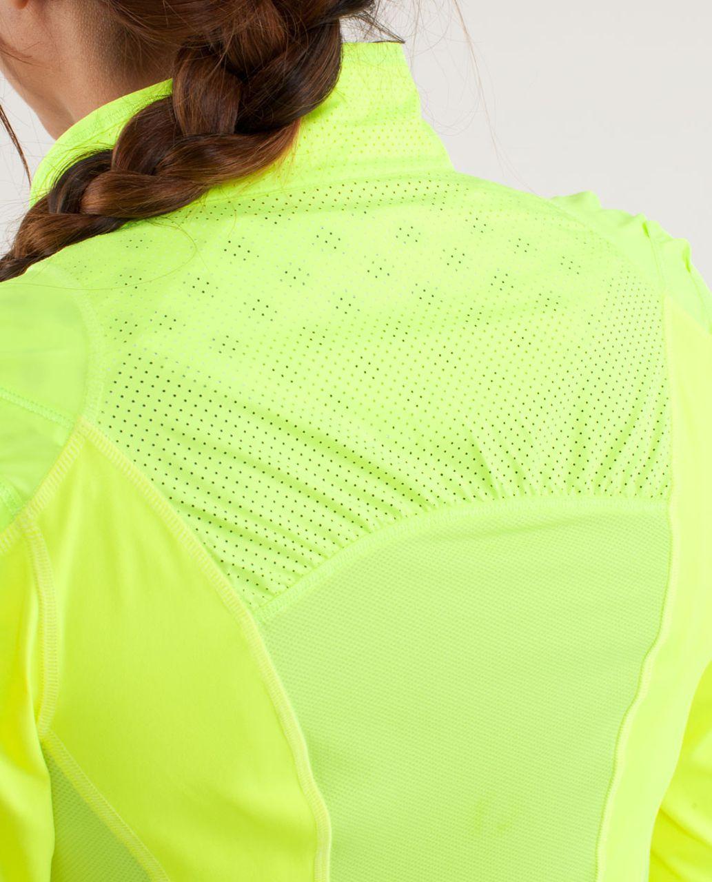 Lululemon Presta Packable Shirket - Ray