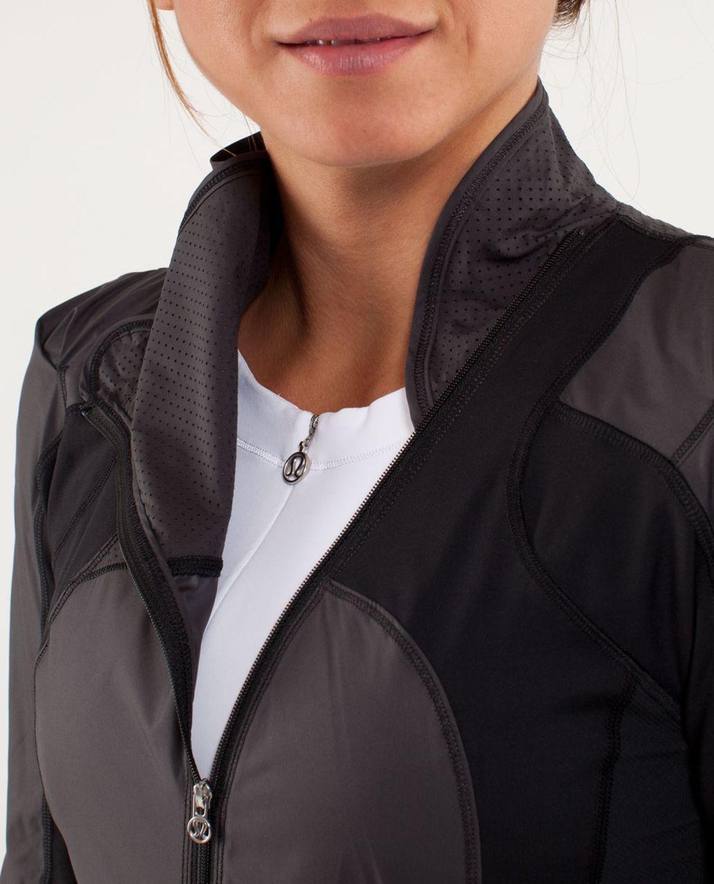 Lululemon Presta Packable Shirket - Black