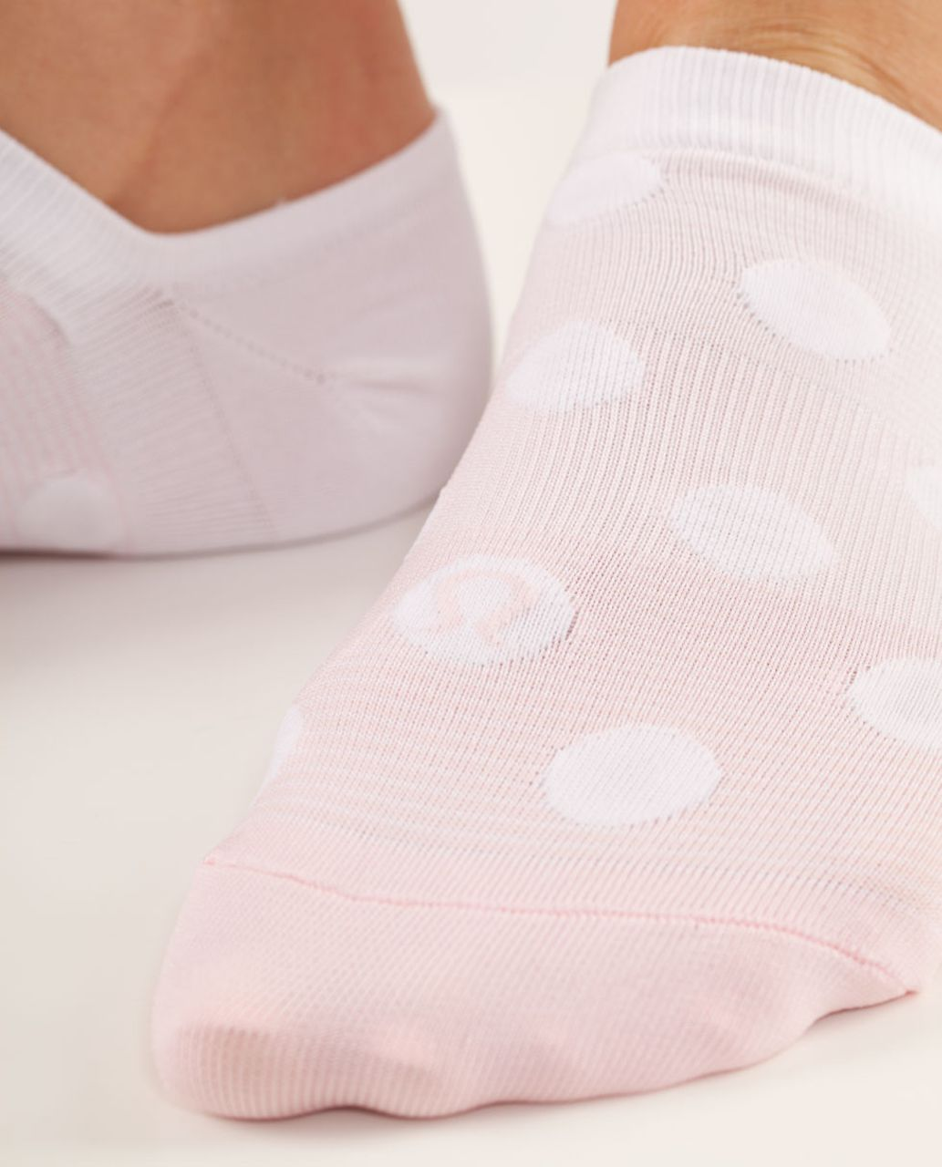 Lululemon Women's Featherweight Sock - Blush Quartz / Blush Quartz Gradient Dot