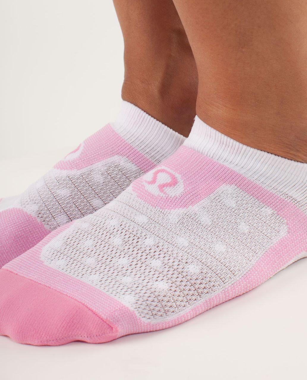 Lululemon Women's No Show Ultimate - Feeder Stripe Pow Pink Light / White / White White High Noon Dot