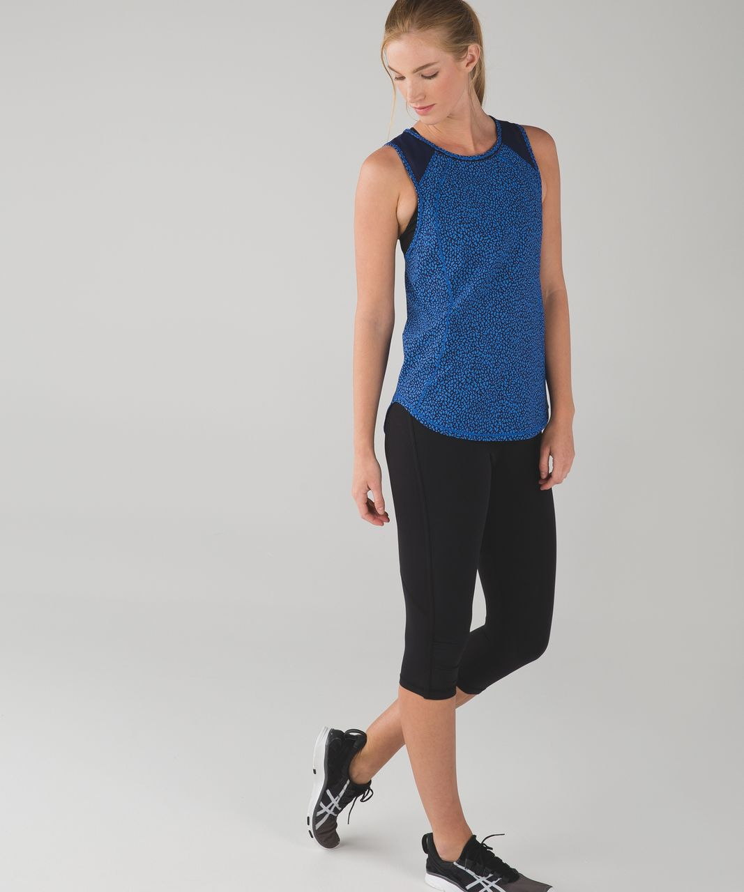 Lululemon Sculpt Tank - Miss Mosaic Lakeside Blue Hero Blue / Hero Blue
