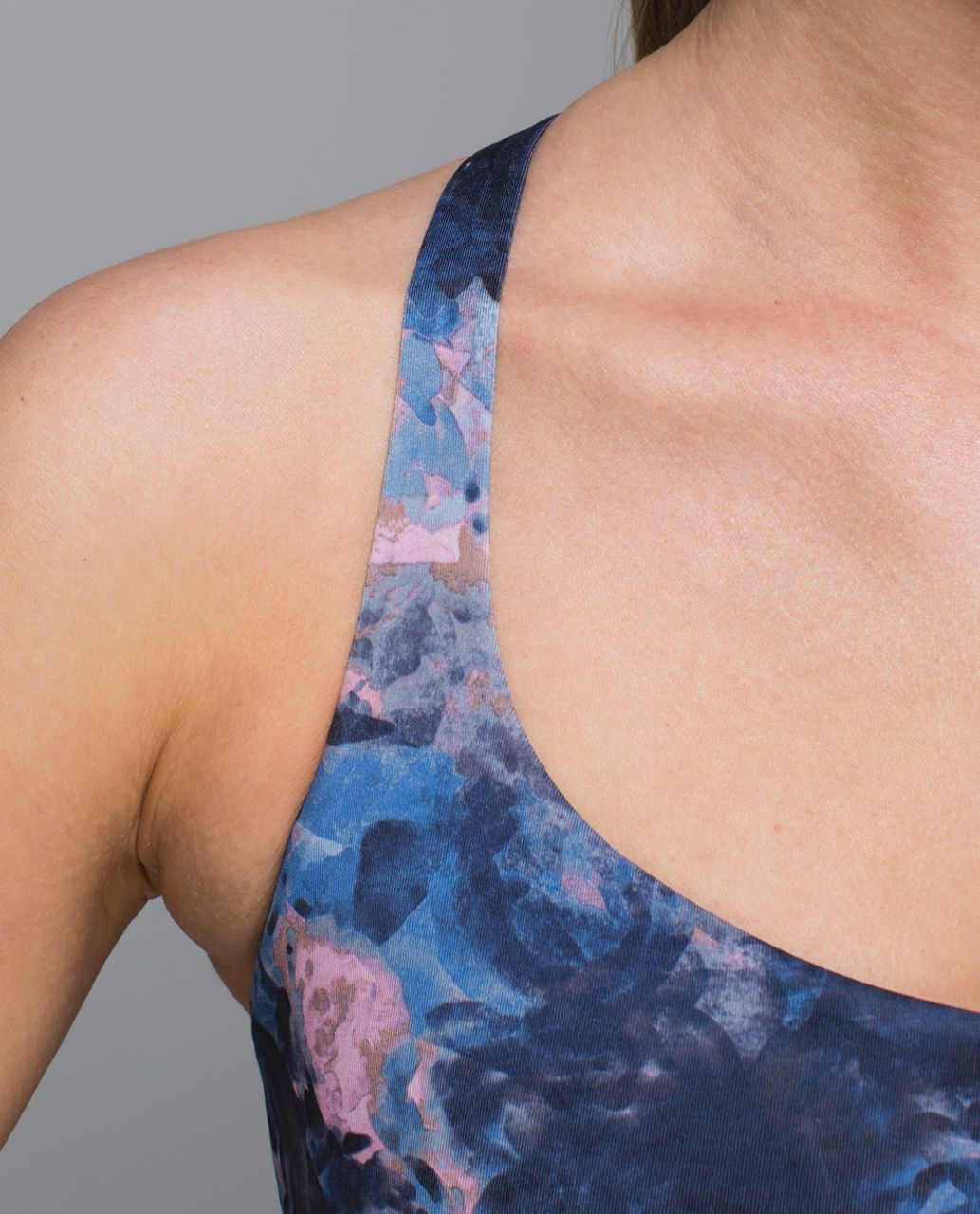 Lululemon Free To Be Bra (Wild) - Moody Mirage Bark Berry Deep Navy / Naval Blue