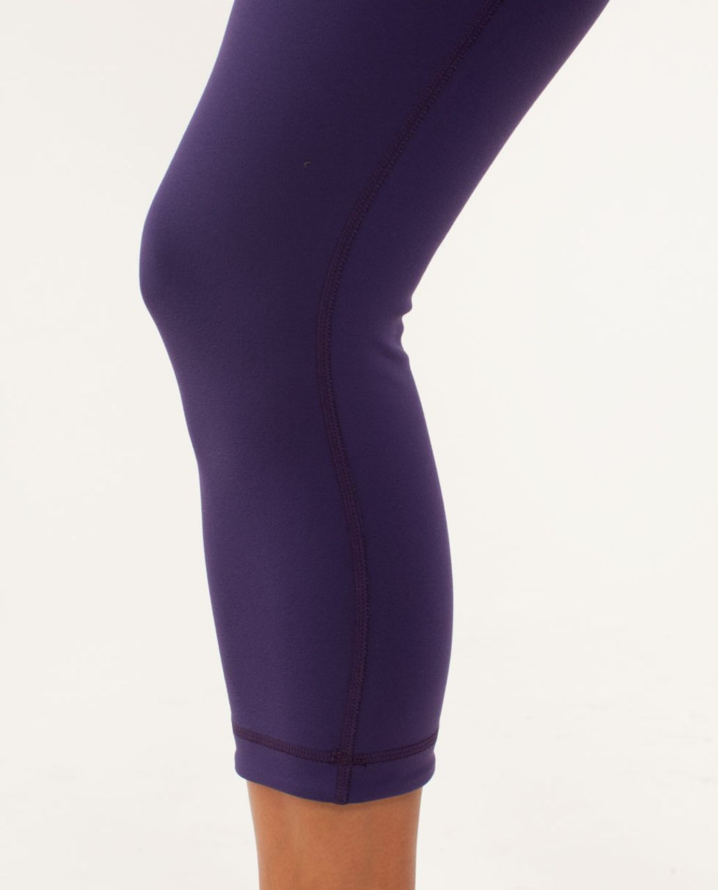 Lululemon Wunder Under Crop *Reversible - Dense Purple / Black