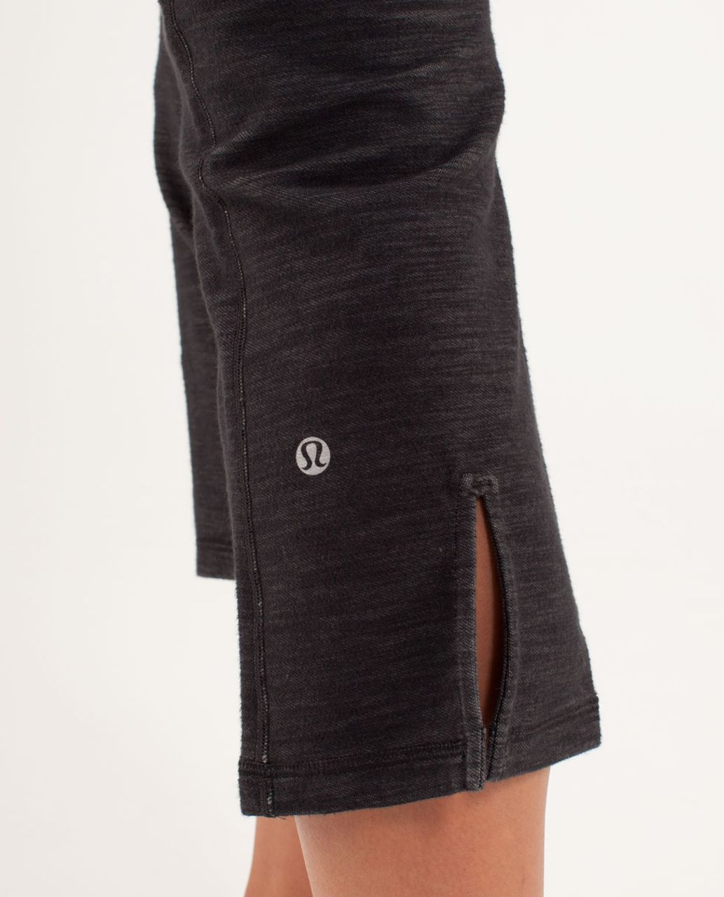 Lululemon Gather & Crow Crop *Denim - Black Slub Denim / Tonka Stripe Split Pea / Heathered Split Pea / Heathered Split Pea