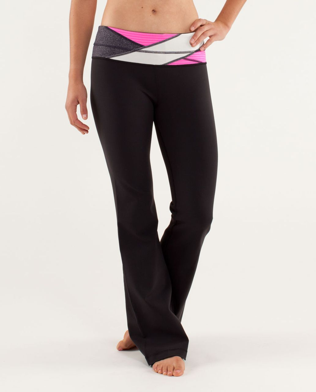 Lululemon Groove Pant *Slim (Regular) - Black / Quilting Winter 10