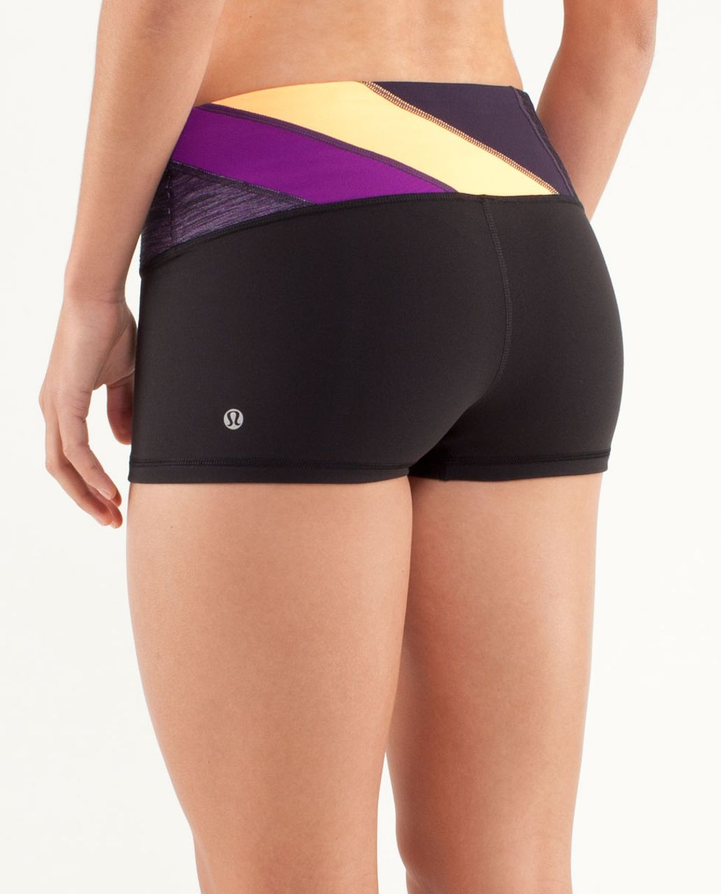 Lululemon Boogie Short - Black / Winter 12 Quilt 1 / Tender Violet