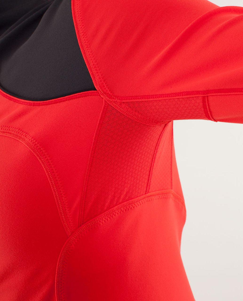 Lululemon Forme Jacket *Brushed - Love Red / Deep Coal