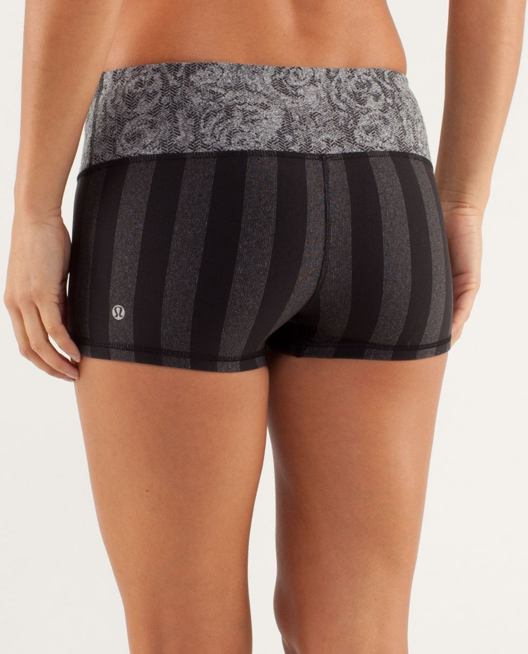Lululemon Boogie Short - Micro Macro Black Heathered Black / Rose Herringbone Black / Black