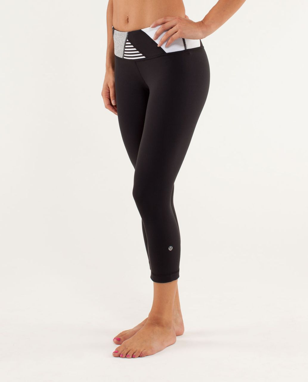 Lululemon Wunder Under Crop - Black /  Quilting Winter 14