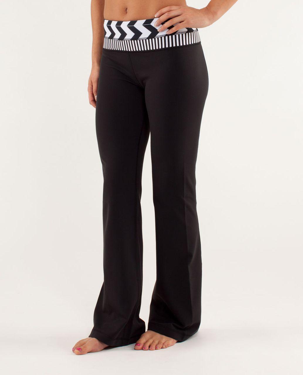 Lululemon Groove Pant *Slim (Tall) - Black / Arrow Chevron White Black / Classic Stripe Black And White